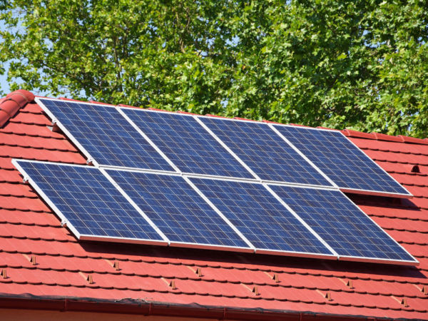 70727272 - solar panels on the roof